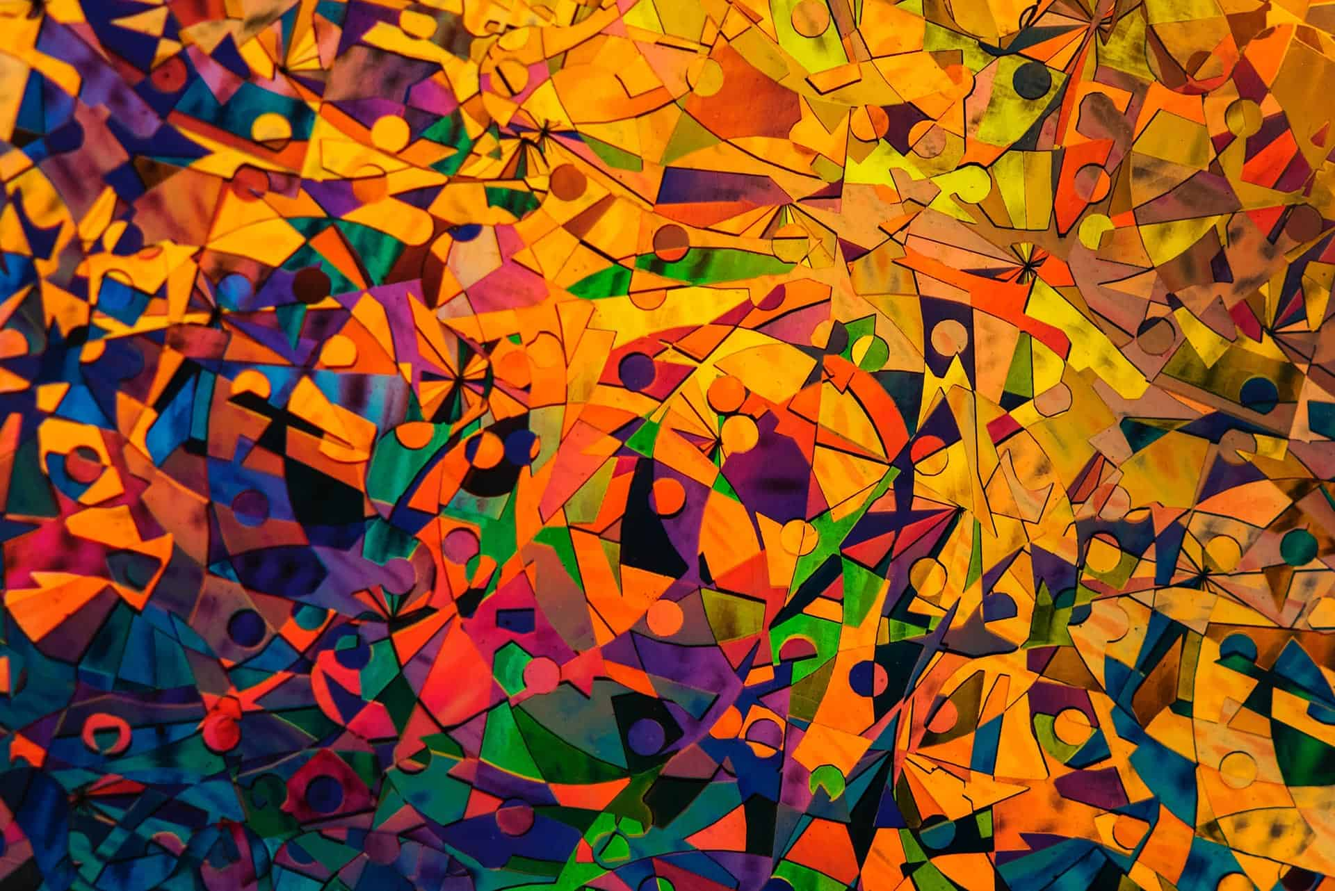 Χρωματιστές φιγούρες ανθρώπων σε αφηρημένο σχέδιο